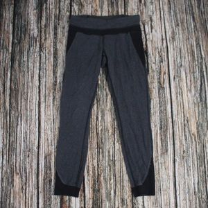 Lululemon Grey Black Sweat Pant Leggings Size 2